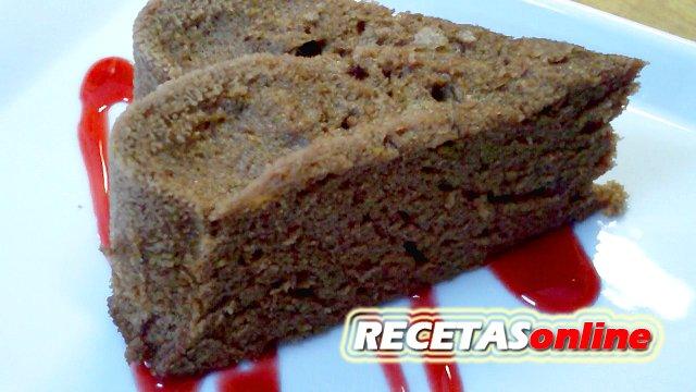Bizcocho de chocolate en el microondas - Recetas de cocina RECETASonline