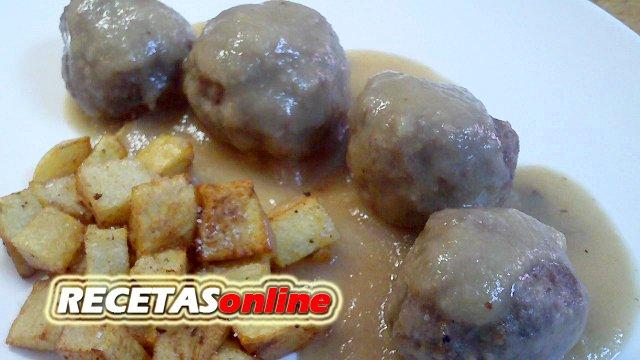 Albóndigas con salsa de cebolla - Recetas de cocina RECETASonline