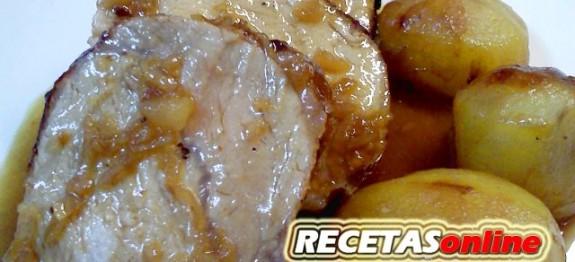 Lomo caramelizado con cebolla - Recetas de cocina RECETASonline