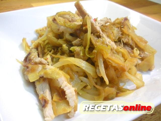 Lomo de cerdo con repollo y soja - Recetas de cocina RECETASonline