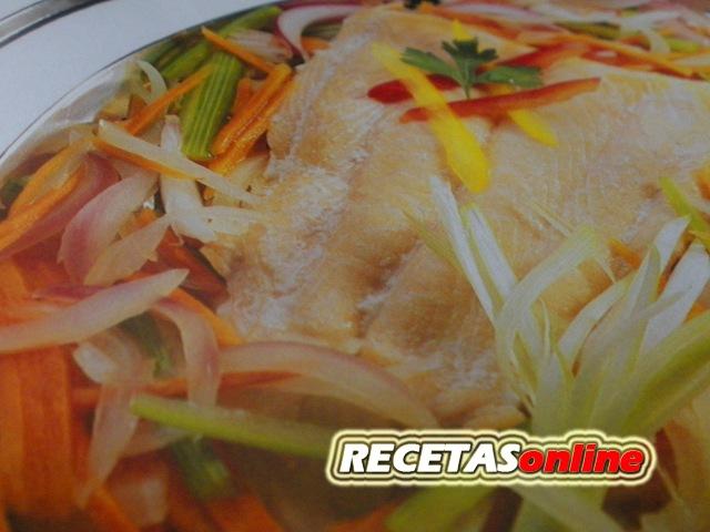 Salmón salvaje al horno Printaniere - Recetas de cocina RECETASonline