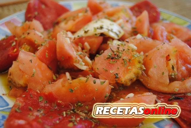 Ensalada de tomate y pimientos del piquillo - Recetas de cocina RCETASonline