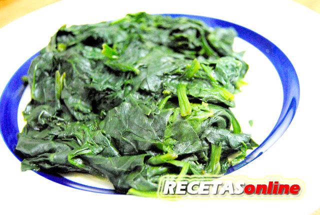 Espinacas en el microondas - Recetas de cocina RECETASonline
