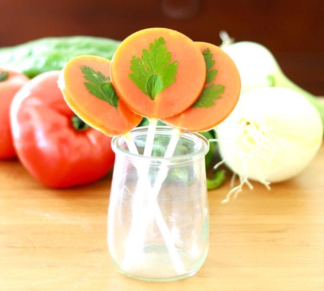 Piruletas de gazpacho - Recetas de cocina RECETASonline