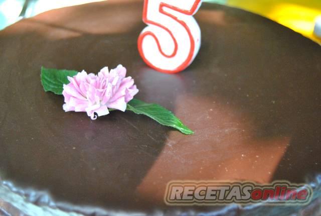 Tarta de chocolate de cumpleaños - Recetas de cocina RECETASonline