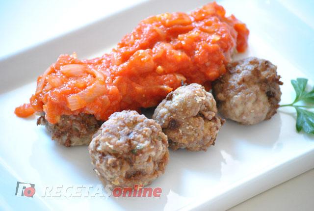 Salsa-de-tomate-y-cebolla---Recetas-de-cocina-RECETASonline