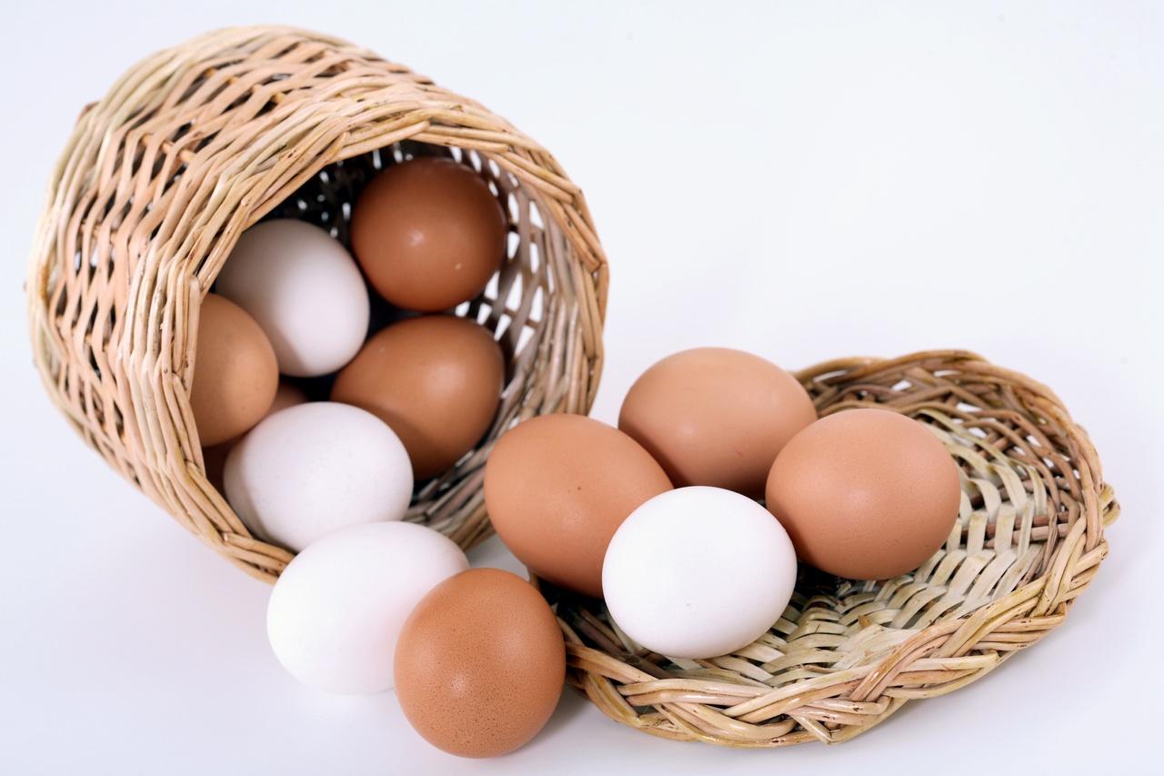 ¿Ya no se venden huevos blancos?